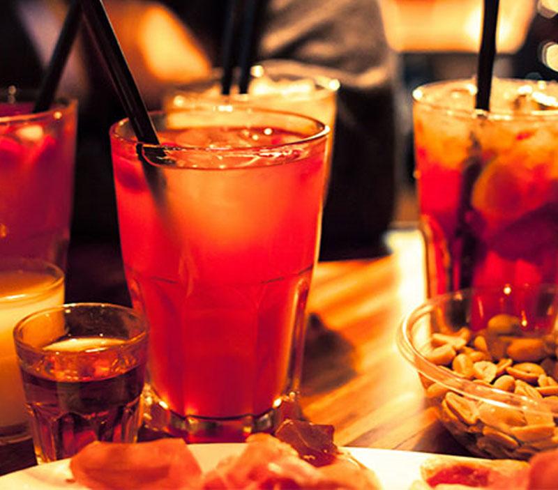 Apericena e Cocktails